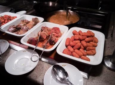 Abendessen in Buffetform