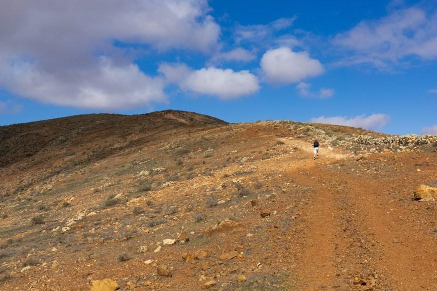 Pfad auf den Berg Moro de Tegtuno
