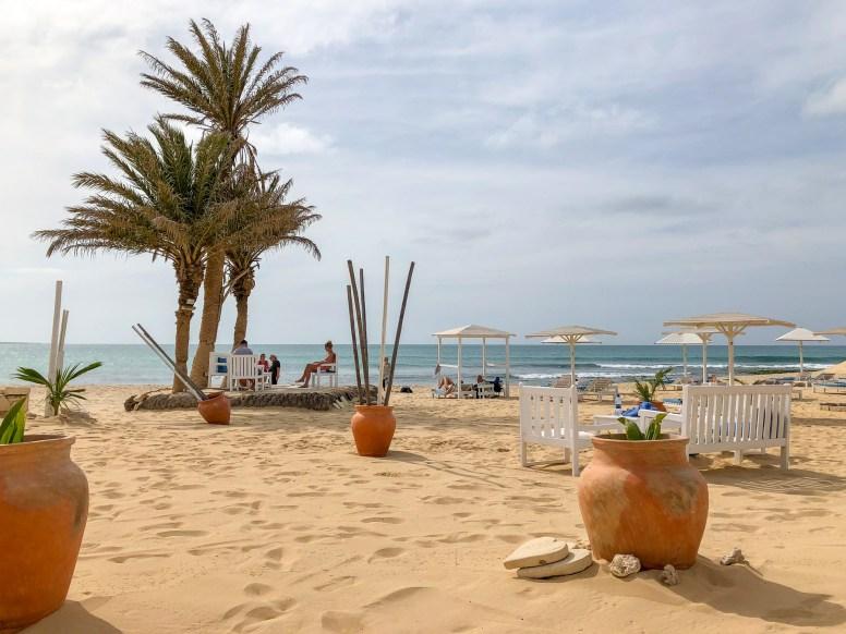 Boa Vista Kapverden - Nord-Südtour mit Baobab Tour - Beach Bar Strandbar Perola de Chaves