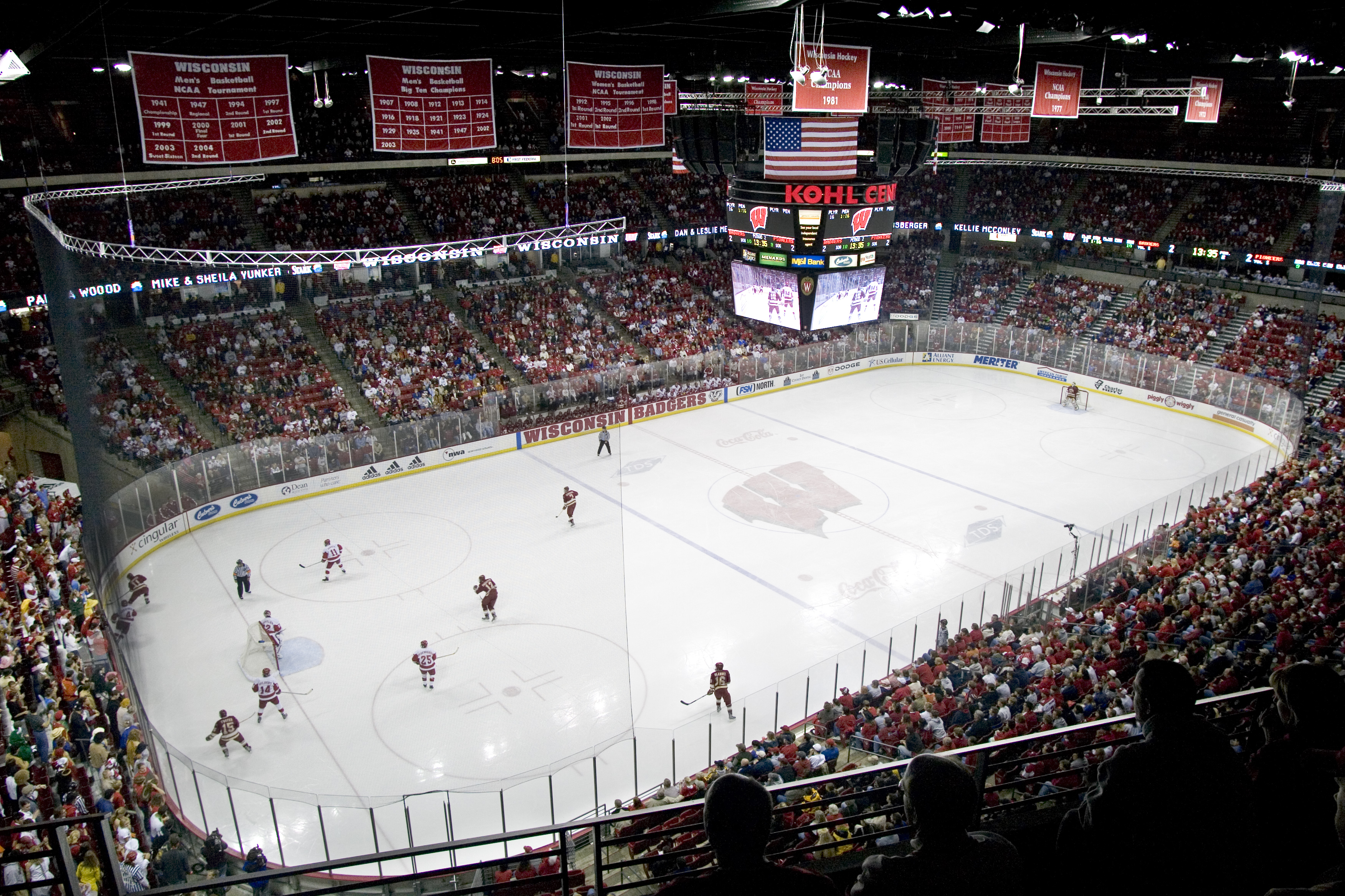 Hockey Badgers Open Big Ten Slate At Minnesota Wisconsin