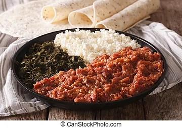 Essere cibo etiope tradizionale injera wot Carne etiope cibo tradizionale injera
