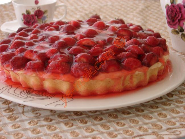 strawberry jelly cake recipe recipes from turkish cuisine in engl