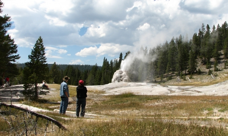 Yellowstone National Park Trails  Maps Trail Guide