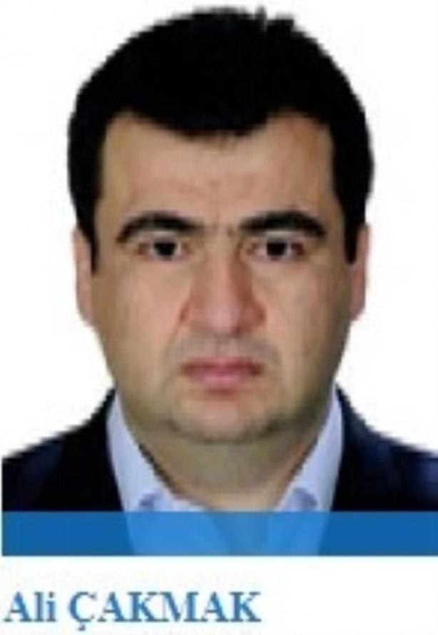 Foto - MİT tırlarını 1 Ocak 2014'te Hatay'ın Kırıkhan ilçesinde sahte ihbarla durdurup aramak isteyen FETÖ'cülerin başarısız olmasının ardından FETÖ'nün 'jandarma imamı' olan Ali Çakmak'ın talimatıyla Ankara'daki askeri unsurlar devreye sokularak 19 Ocak 2014'te Adana Ceyhan'da durdurulup arandı. Ali Çakmak'ın ayrıca Hrant Dink davası sanığı eski Jandarma Yarbay Muharrem Demirkale ile de sıkı irtibatı saptandı.