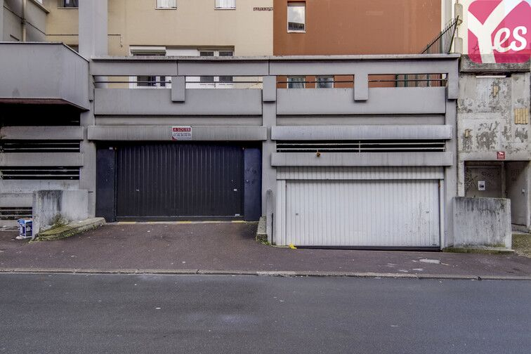 parking 2 a 8 allee george sand 93160 noisy le grand france