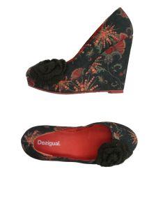 DESIGUAL ΠΑΠΟΥΤΣΙΑ Κλειστά παπούτσια