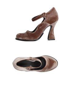 LUCA VALENTINI ΠΑΠΟΥΤΣΙΑ Κλειστά παπούτσια