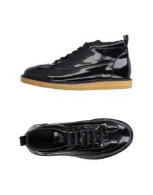 UTC00 ΠΑΠΟΥΤΣΙΑ Χαμηλά sneakers