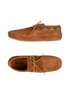 MINNETONKA ΠΑΠΟΥΤΣΙΑ Παπούτσια με κορδόνια