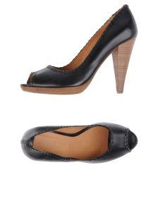 N.D.C. MADE BY HAND ΠΑΠΟΥΤΣΙΑ Κλειστά παπούτσια