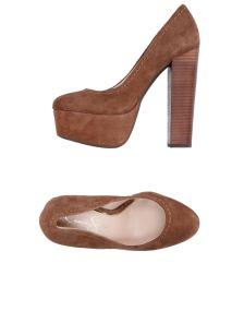 JESSICA SIMPSON ΠΑΠΟΥΤΣΙΑ Κλειστά παπούτσια