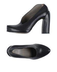 IXOS ΠΑΠΟΥΤΣΙΑ Κλειστά παπούτσια