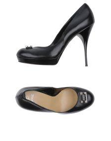 GF FERRE' ΠΑΠΟΥΤΣΙΑ Κλειστά παπούτσια