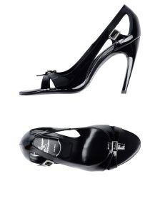 ROGER VIVIER ΠΑΠΟΥΤΣΙΑ Κλειστά παπούτσια