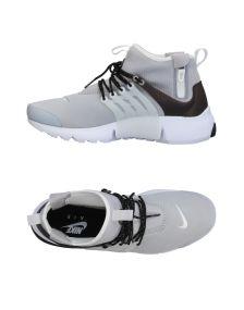 NIKE ΠΑΠΟΥΤΣΙΑ Χαμηλά sneakers