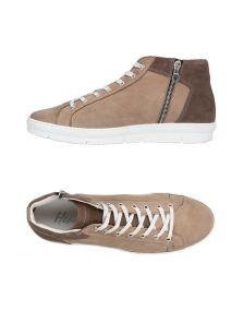 HENNE ΠΑΠΟΥΤΣΙΑ Χαμηλά sneakers