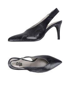 TWIST & TANGO ΠΑΠΟΥΤΣΙΑ Κλειστά παπούτσια