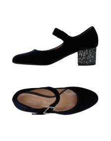 CRISTINA MILLOTTI ΠΑΠΟΥΤΣΙΑ Κλειστά παπούτσια
