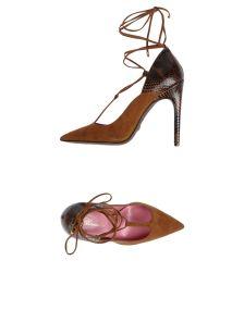 BLUMARINE ΠΑΠΟΥΤΣΙΑ Κλειστά παπούτσια