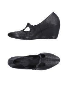 KUDETÀ ΠΑΠΟΥΤΣΙΑ Κλειστά παπούτσια