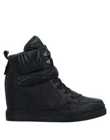 UMA PARKER ΠΑΠΟΥΤΣΙΑ Χαμηλά sneakers