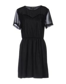 5PREVIEW ΦΟΡΕΜΑΤΑ Κοντό φόρεμα