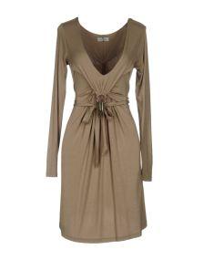 ...LOVE IS LOVE!... ΦΟΡΕΜΑΤΑ Κοντό φόρεμα