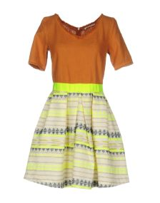 NIOI ΦΟΡΕΜΑΤΑ Κοντό φόρεμα