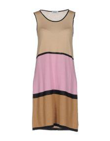 BASE ΦΟΡΕΜΑΤΑ Κοντό φόρεμα