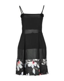 KORALLINE ΦΟΡΕΜΑΤΑ Κοντό φόρεμα