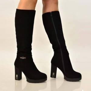 Γυναικεία μπότα σουέτ με τακούνι