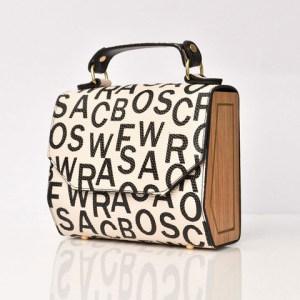 Τσάντα με σχέδιο γράμματα