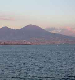 mount vesuvius erupted in ad 79 and the last eruption of this stratovolcano near naples italy occurred in march 1944  [ 1024 x 768 Pixel ]
