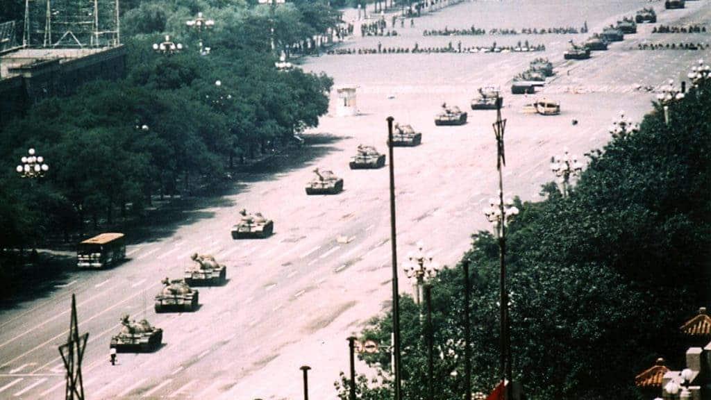 Resultado de imagen para tank man
