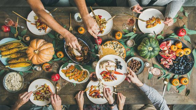 Makanan dan Minuman yang Perlu Dihindari saat Menstruasi