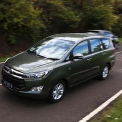Suspensi All New Kijang Innova Alphard Begini Rasanya Naik Toyota Otomotif Liputan6 Com
