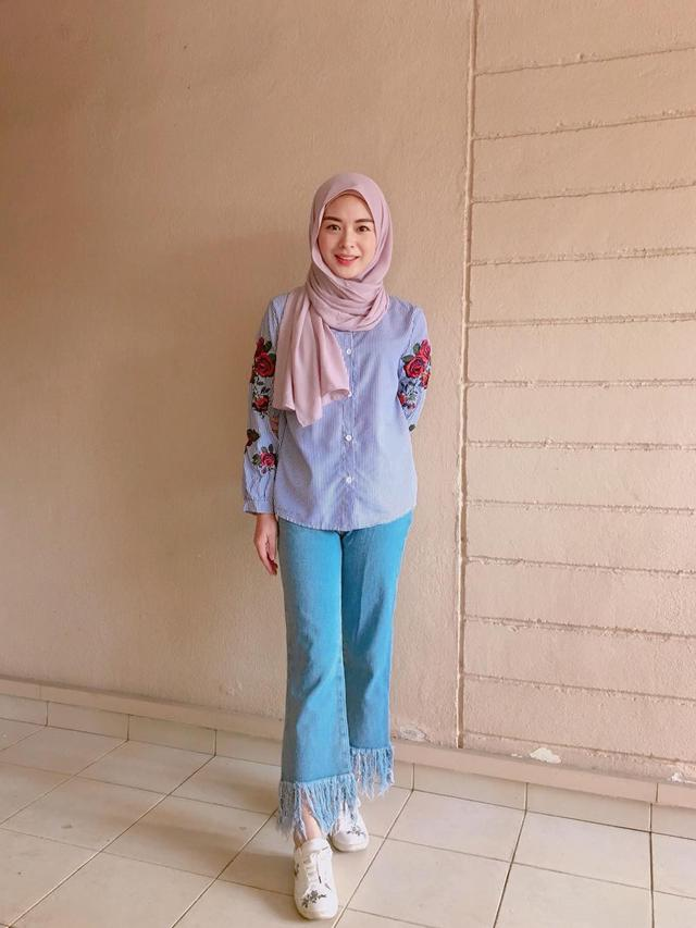6 Potret OOTD Ayana Moon, Selebgram Muslim Korea yang Selalu Modis