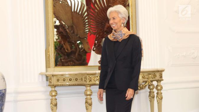 Direktur Pelaksana IMF Christine Lagarde menemui Presiden Joko Widodo (Jokowi) di Istana Merdeka, Senin (26/2).(Liputan6.com/Angga Yuniar)