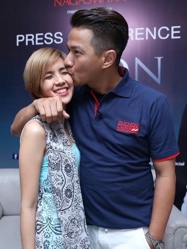 [Bintang] Delon dan Yeslin Wang
