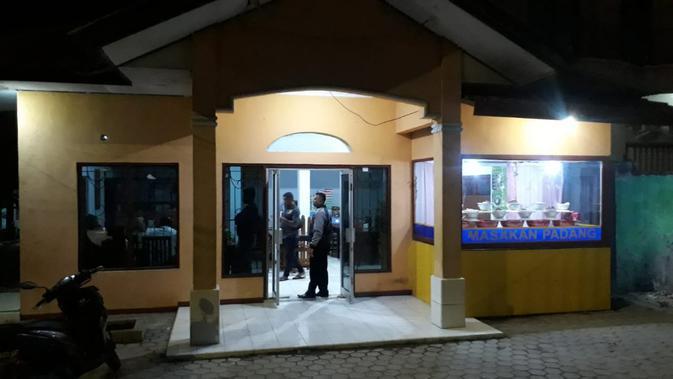 Jijik Belatung di Makanan, Pria Kupang Laporkan Pemilik Warung Padang
