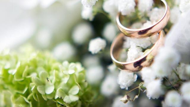 Mengapa Pangeran William tidak mengenakan cincin kawin? Ini alasannya.