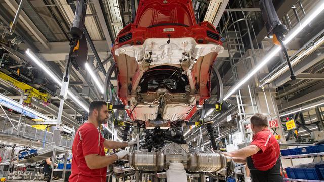 posisi nomor mesin grand new avanza model 2015 cara membaca rangka mobil ini artinya otomotif liputan6 com untung besar porsche bagikan bonus rp 2 7 triliun untuk karyawan