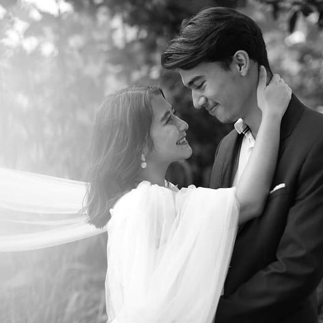 Menikah 10 Februari, Ini 6 Potret Mesra Prilly Latuconsina dan Jeff Smith