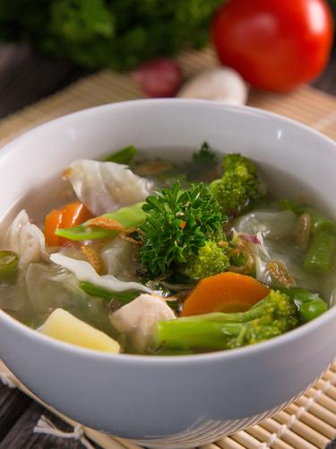 Cara Bikin Sop : bikin, Resep, Sayur, Sederhana, Menggugah, Selera, Lifestyle, Fimela.com