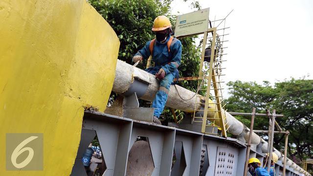 20160921-Pekerja Jaringan Pipa Gas PGN-Jakarta- Helmi Afandi