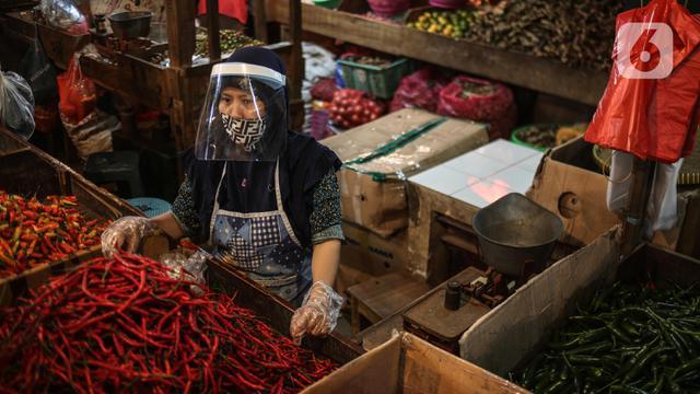 Pedoman New Normal, Pedagang Pasar Wajib Gunakan Face Shield