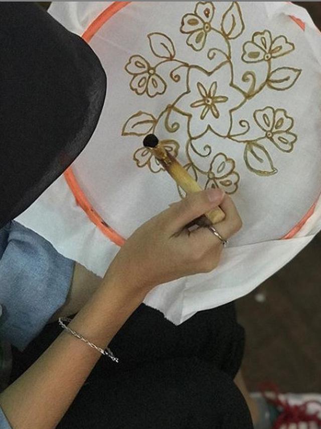 Tahapan Pembuatan Batik Tulis : tahapan, pembuatan, batik, tulis, Membuat, Batik, Tulis,, Mudah, Dipraktikkan, Untuk, Pemula, Liputan6.com