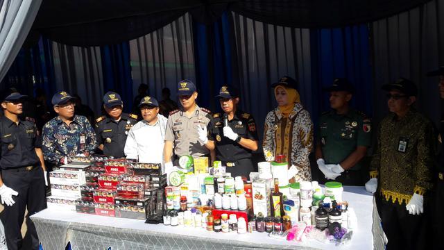 Direktur Jenderal Bea dan Cukai Kemenkeu Heru Pambudi hari ini meresmikan Kantor Pengawasan dan Pelayanan Bea dan Cukai (KPPBC) Tipe Madya Pabean (TMP) C Jember Jawa Timur.