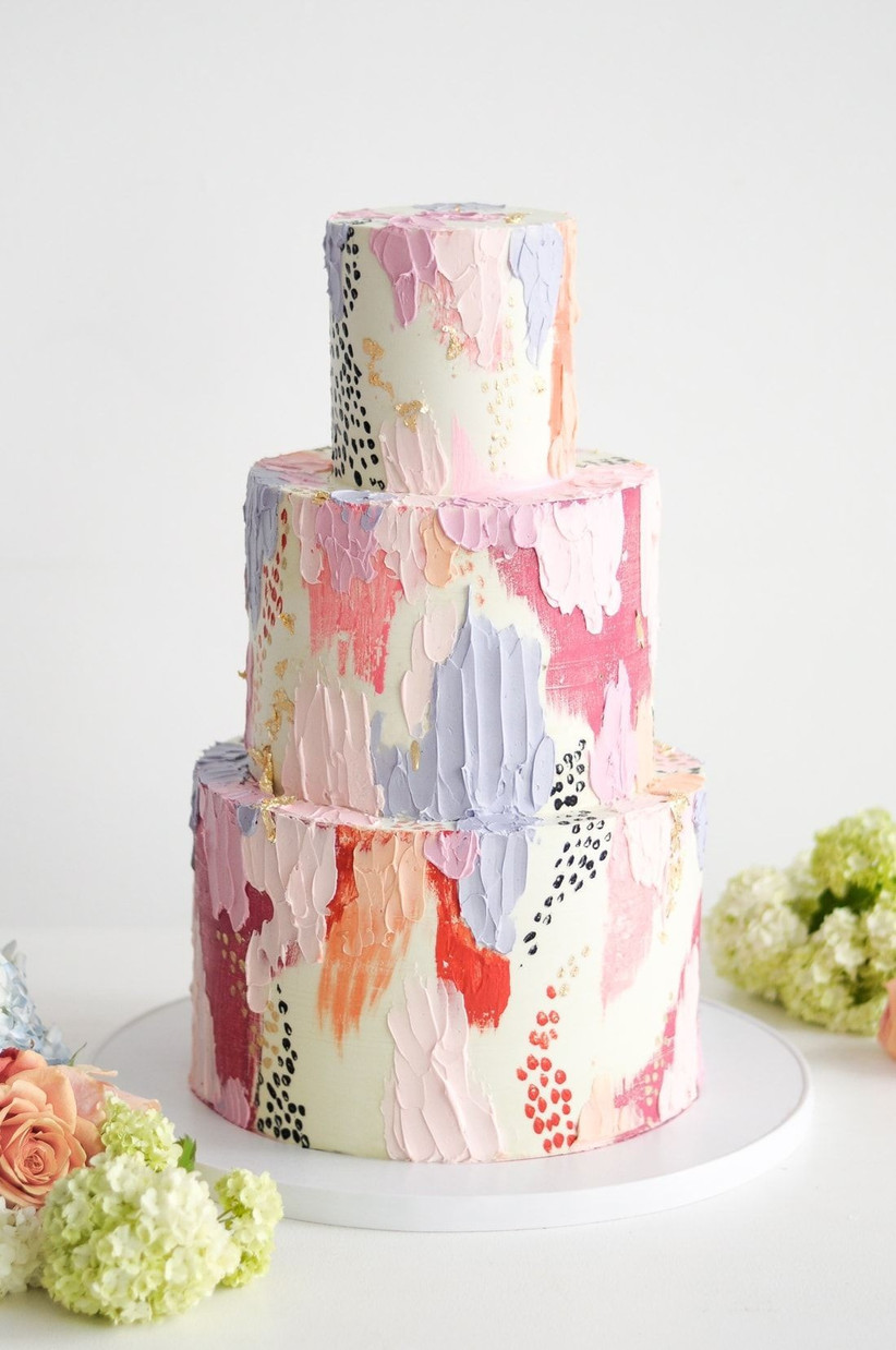 Irredescence paint effect wedding cake & sorbet wedding color themes