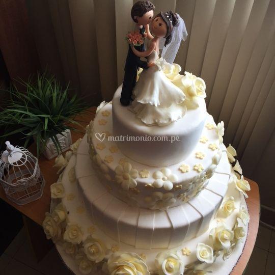 Delicias Cake  Cupcake